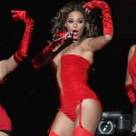 Beyonce – Live At Glastonbury 2011 (HER FULL SET) (Video)