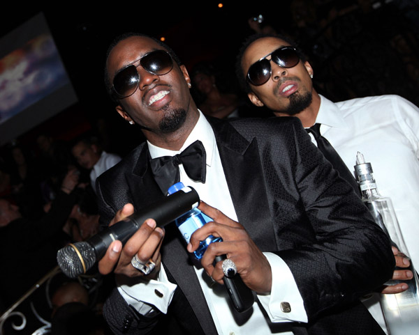 Diddy's NYE Party With DJ Khaled, Rihanna, Rick Ross & More (Video)