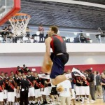 Blake Griffin Sick Off The Backboard Eastbay Dunk (Video)