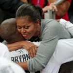 Michelle Obama Hugs Men USA Basketball Team (Video)