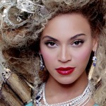 Beyonce – Mrs. Carter World Tour Trailer (Video)