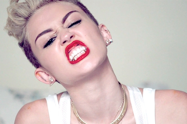 miley-cyrus-we-cant-stop-1-650-430 Miley Cyrus Speaks on Strip Clubs and Dating Gay Guys