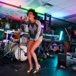 Solange Performs Live From A Brooklyn Laundromat (Video)