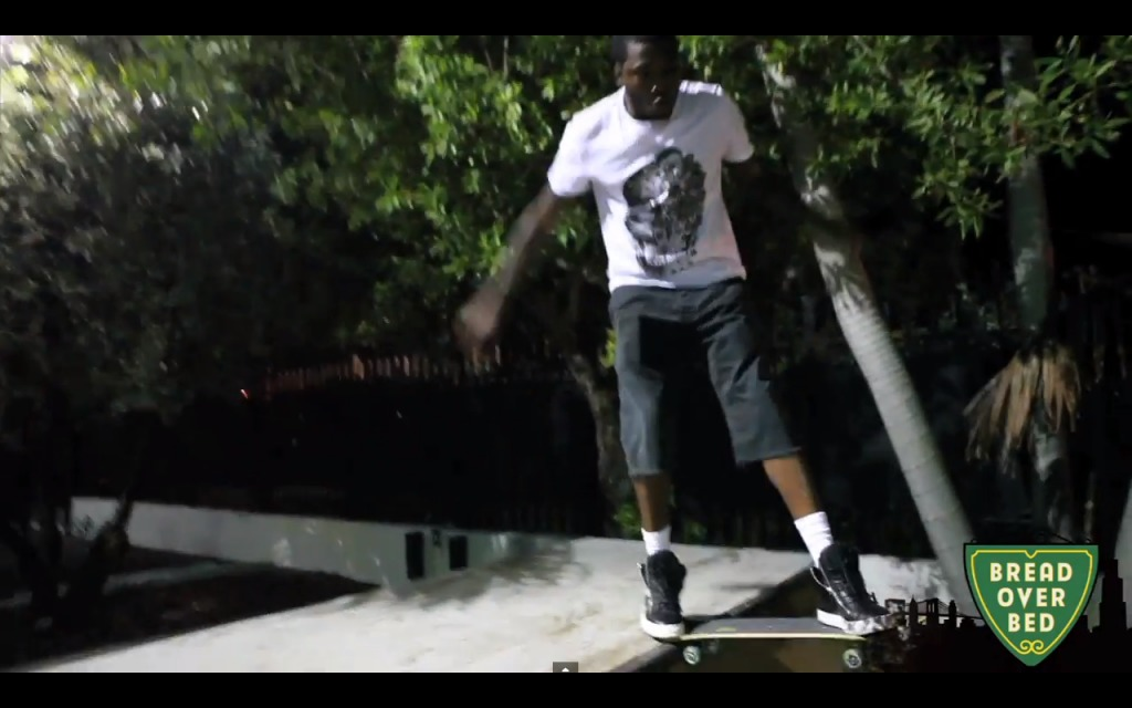 Screen-Shot-2013-09-19-at-11.52.04-AM-1024x640 Lil Wayne Teaches Meek Mill How To Skate (Video)