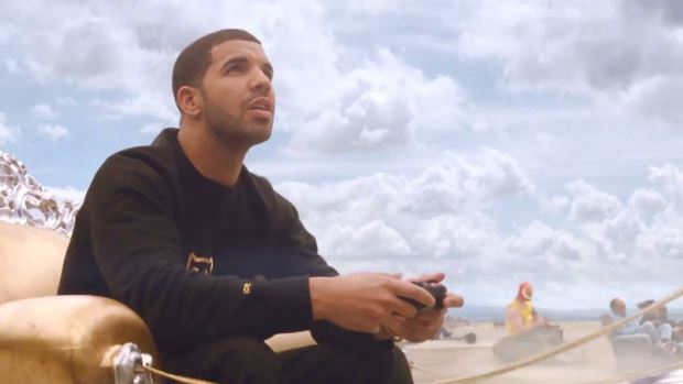 drakeHHS1987 FIFA 14 Commercial Feat. Drake (Video)