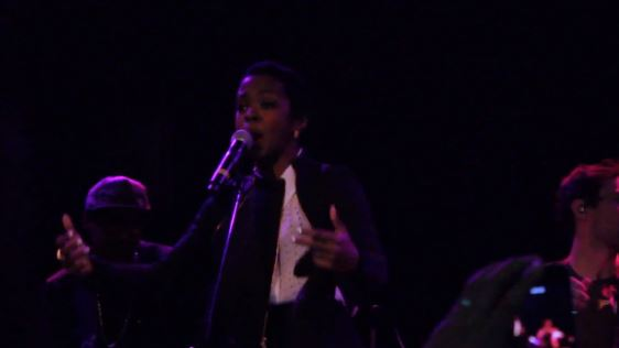 lhperfromslostone Lauryn Hill - Lost One [ReVamped] (Live At Bowry Ballroom) (Video)