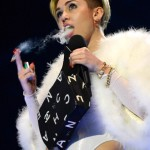 Miley Cyrus Smokes A Joint While Making Her Acceptance Speech at 2013 MTV EMA (Video)