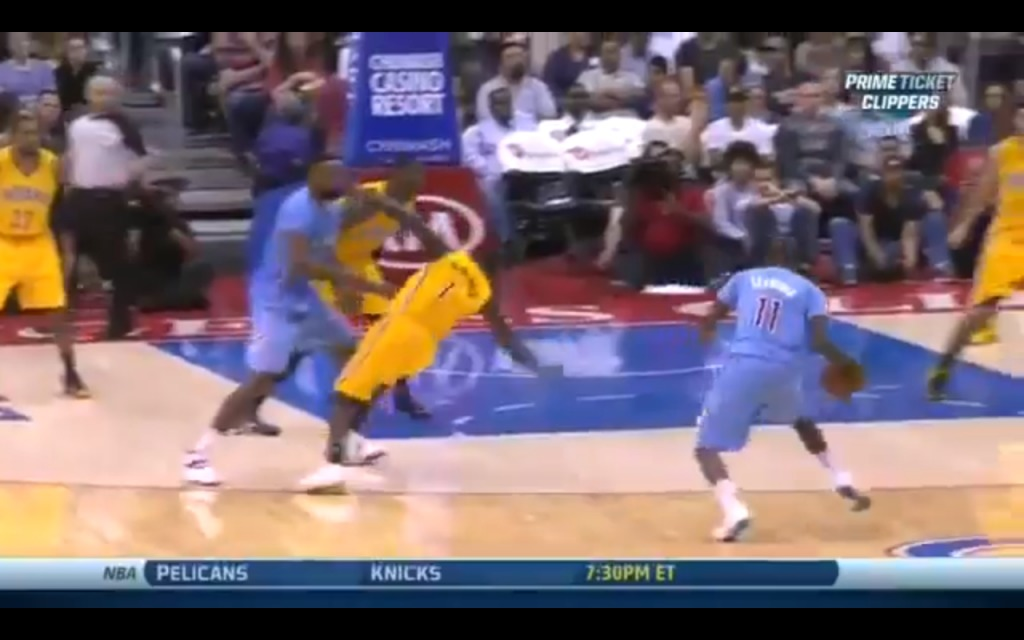 Screen-Shot-2013-12-02-at-3.20.47-PM-1024x640 Jamal Crawford Breaks Lance Stephenson Ankles (Video)