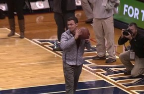 Johnny Manziel Misses Lay-Up During Atlanta Hawks Halftime Skills Competition (Video)