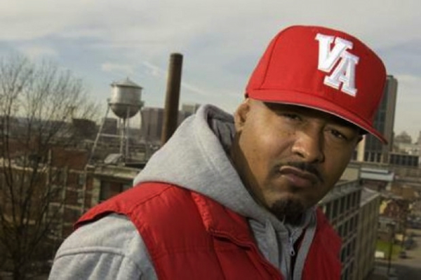 skillz red va hat skyline ESPN Presents: Skillz   2013 Sports Rap Up (Audio)