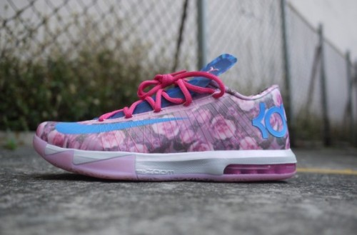 576 565x372 500x329 Nike KD 6 Supreme Aunt Pearl (Photos)