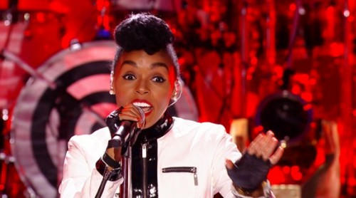 Screen-Shot-2014-01-29-at-5.52.16-PM-1-500x278 Janelle Monáe Performs at VH1′s Super Bowl Blitz (Video)