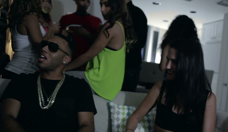 bizzycrook2014musicvideo Bizzy Crook - Did Em Like That (Video)