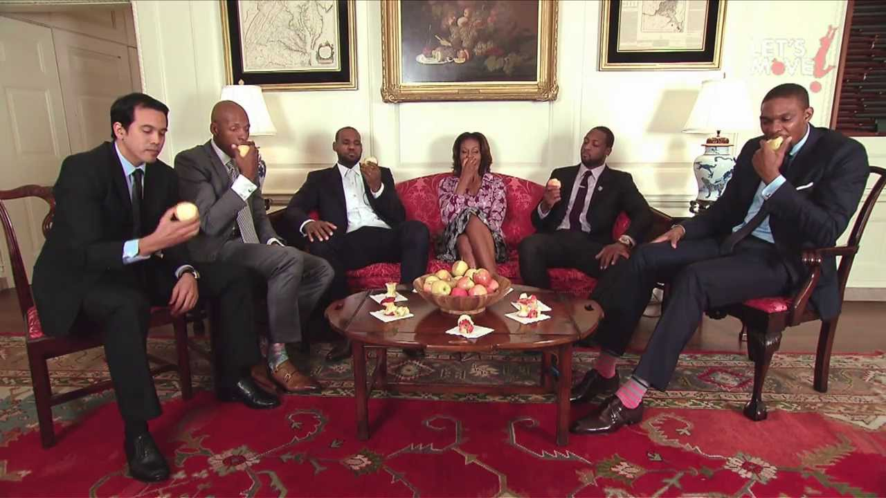 maxresdefault 1 Michelle Obama Slam Dunks Healthy Eating with the Miami Heat (Video)