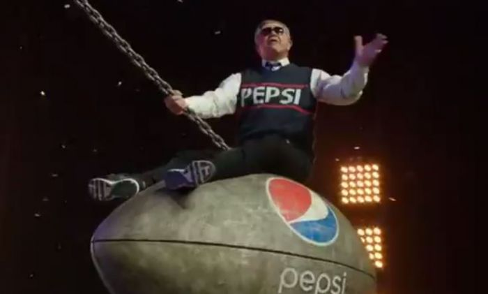 pepsigrammycommercialvideo Pepsi - #Halftime: The 56th GRAMMY's (Commercial) Ft. Juicy J, Wale, Terry Bradshaw, Jhené Aiko & Deion Sanders
