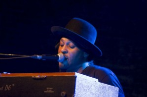 D'Angelo Is Back In The Studio (Video)