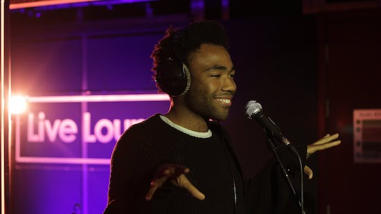 L32jb32 Childish Gambino – I'd Die Without You (Live At BBC Radio 1 Live Lounge)(Video)