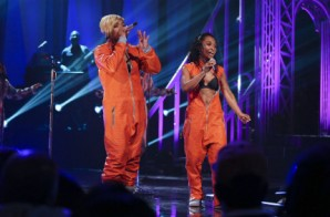 TLC Perform Creep, Waterfalls, & No Scrubs On VH1's Super Bowl Blitz (Video)