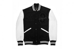 drake-releases-ovo-tour-jacket-with-roots-canada-3-298x196 Drake Reveals OVO & Roots Canada Tour Jackets