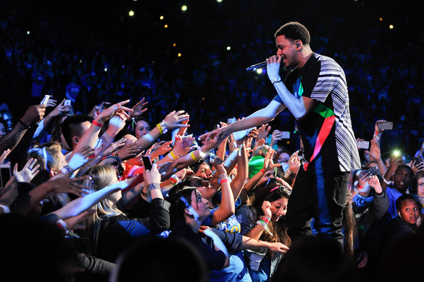 j.cole_ 'We Day California' Gets Invaded By J. Cole & Big Sean (Live At Oracle Arena) (Video)