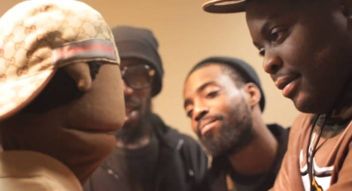 peanut-live-215-vs-eness-rap-battle-video-HipHopSince1987.com-2014 Peanut Live 215 vs ENess Rap Battle (Video)
