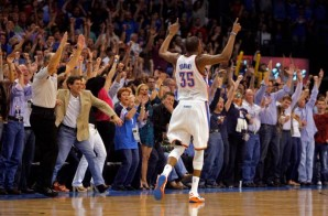 Kevin Durant Eclipses Michael Jordan's Scoring Streak (Video)