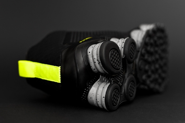 nike-shox-tlx-mid-sp-photos.jpg
