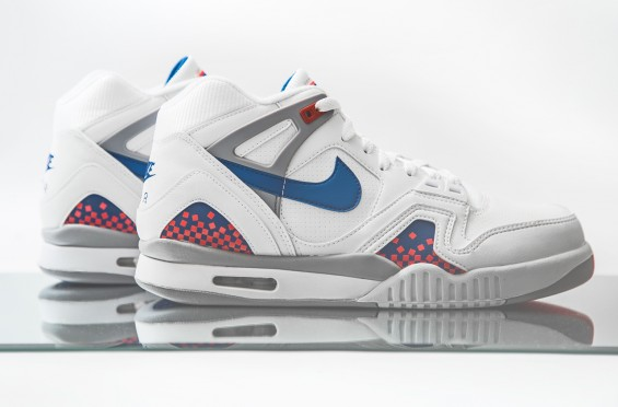 image-82-565x372 Nike Air Tech Challenge 2 - (White & Royal Blue) (Photos)