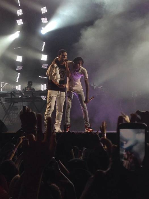 wiz-khalifa-brings-out-drake-in-toronto-video-HHS1987-2014
