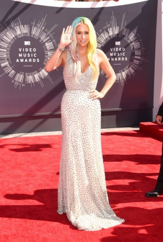 2014-mtv-vmas-red-carpet-3-337x500 2014-mtv-vmas-red-carpet-3