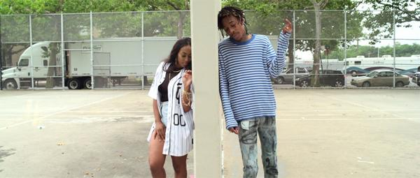 BuT7J1aIMAA4ZQq Wiz Khalifa - Promises (Video)