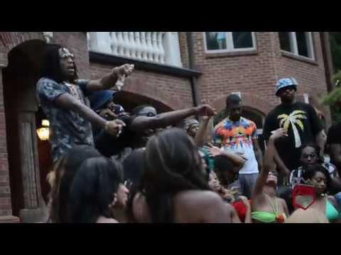 BuhKHgZIYAAa8N9 Johnny Cinco - Backseat Of The Bentley ft. Migos (Behind The Scenes) (Video)