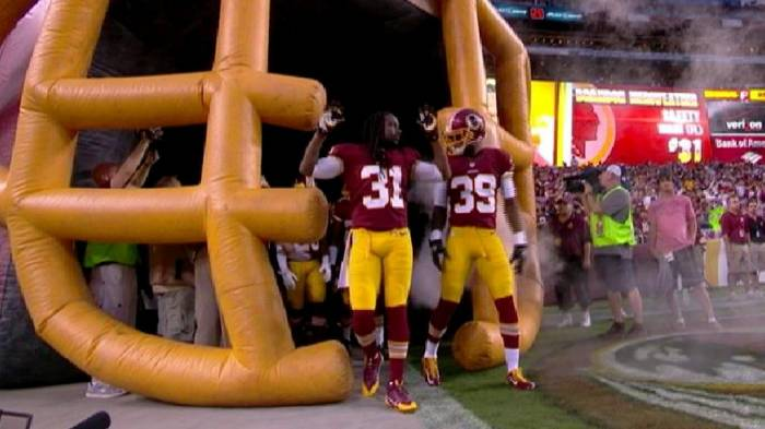 bvxafizieaazgas The Washington Redskins Pay Homage To Michael Brown (Video)