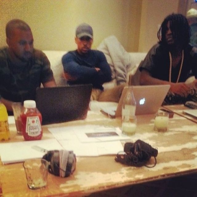 "chief-keef-kanye-west-nobody-bang-3 Chief Keef Previews ""Nobody"" ft. Kanye West (Video)"