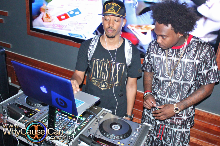 img 0979 Que   Can You Digg It Listening Party In Atlanta (Photos) (Photos via Jerry White)
