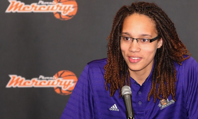 the-wnbas-number-one-draft-pick-brittney-griner-had-a-jump-on-the-whole-pro-athlete-coming-out-thing Brittney Griner Named The 2014 WNBA Defensive Player Of The Year