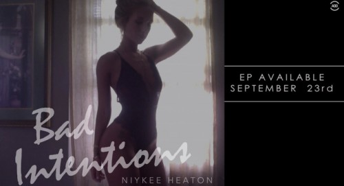 Screen-Shot-2014-09-10-at-9.35.18-AM-1-500x271 Niykee Heaton - Champagne (Trailer)