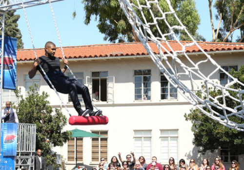 "Usher_American_Ninja_Warrior_Challenge Usher Takes Part In Ellen's ""American Ninja Warrior"" Challenge (Video)"