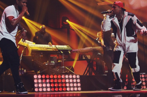 Usher & Chris Brown Perform New Flame At iHeartRadio Music Festival (Video)