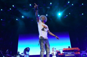 "Pharrell Premieres His New Single ""Spark The Fire"" At Camp Flog Gnaw (Video)"