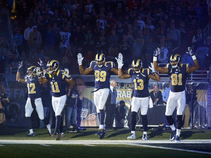 "usp_nfl__oakland_raiders_at_st_69117726 The St. Louis Rams Take The Field Supporting The ""Hands Up, Don't Shoot"" Movement (Video)"