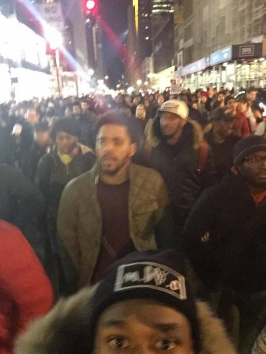 j-cole-joins-eric-garners-i-cant-breathe-peaceful-protesters-in-nyc-photo.jpg