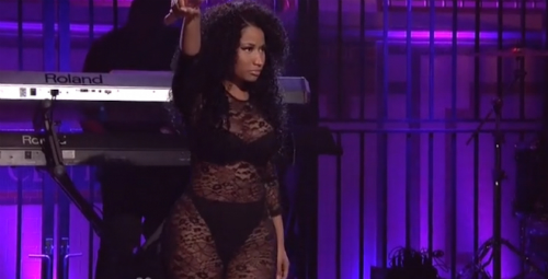 Nicki Minaj Performs On Saturday Night Live (Video)
