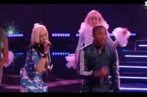 Gwen Stefani and Pharrell Perform Spark The Fire On The Voice (Video)