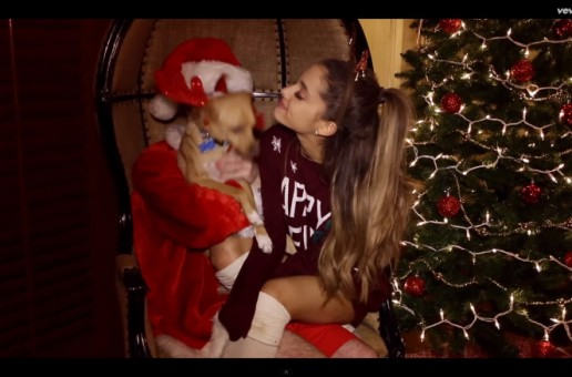Ariana Grande – Santa Tell Me (Video)
