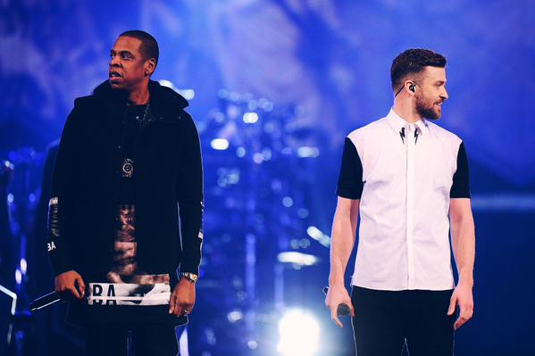 justin-timberlake-brings-out-jay-z-to-perform-holy-grail-in-brooklyn-last-night-video-HHS1987-2014