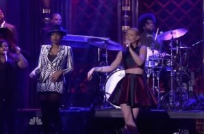 Iggy Azalea & Jennifer Hudson – Trouble (Live On Jimmy Fallon) (Video)