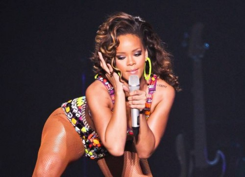 Rihanna-Performing-in-Manchester-12-500x362 Rihanna Set To Perform At 2015 iHeart Radio Music Awards!