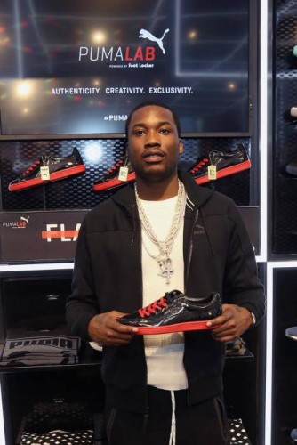meek-mill-visits-pumas-new-puma-lab-power-by-foot-locker-in-philly-HHS1987-2015-1-334x500 Meek Mill Visits Puma's New Puma Lab Powered By Foot Locker In Philly (Photos)