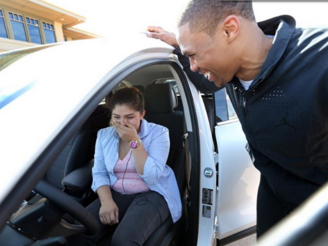 mvp-moves-russell-westbrook-surprises-a-single-mom-in-okc-with-a-brand-new-car-photos.jpg